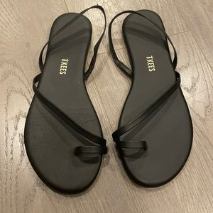 Worn once: Tkees LC sandals in black